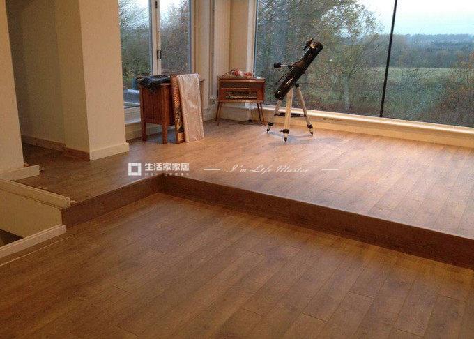客厅地板装修搭配