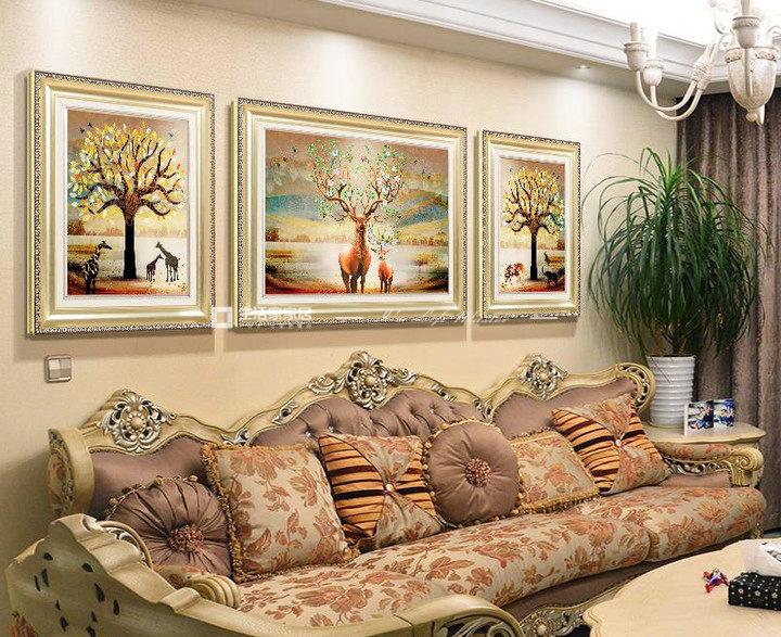沙发墙上挂画哪种风格