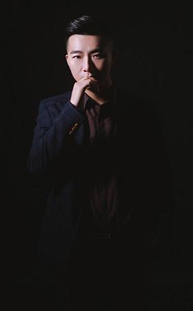 资深设计师-张杨圣