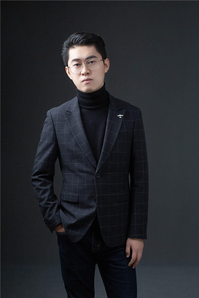 首席设计师-冯文新