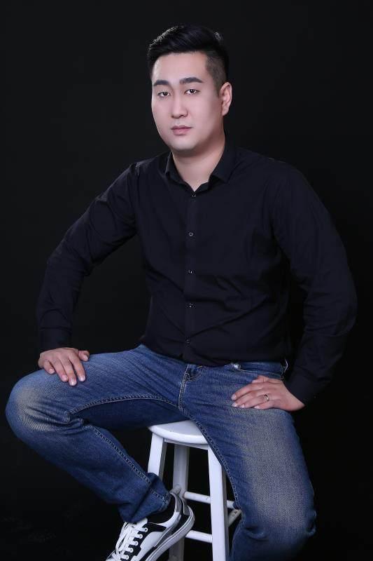 设计总监-闫晓伟