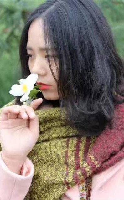 主任设计师-李静