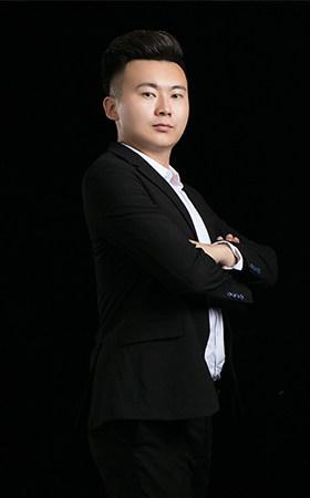 明星设计师-  顾晨颉