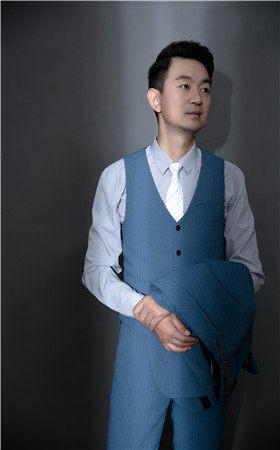 首席设计师-黄建