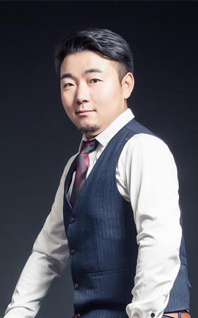 首席设计师-樊斌