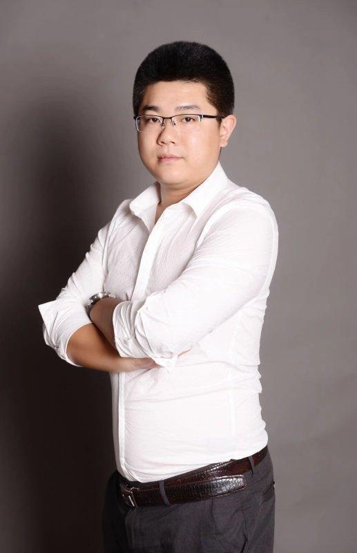 主任設計師-李小吉