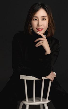 首席设计师-李娜