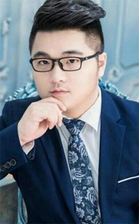 首席设计师-王玮