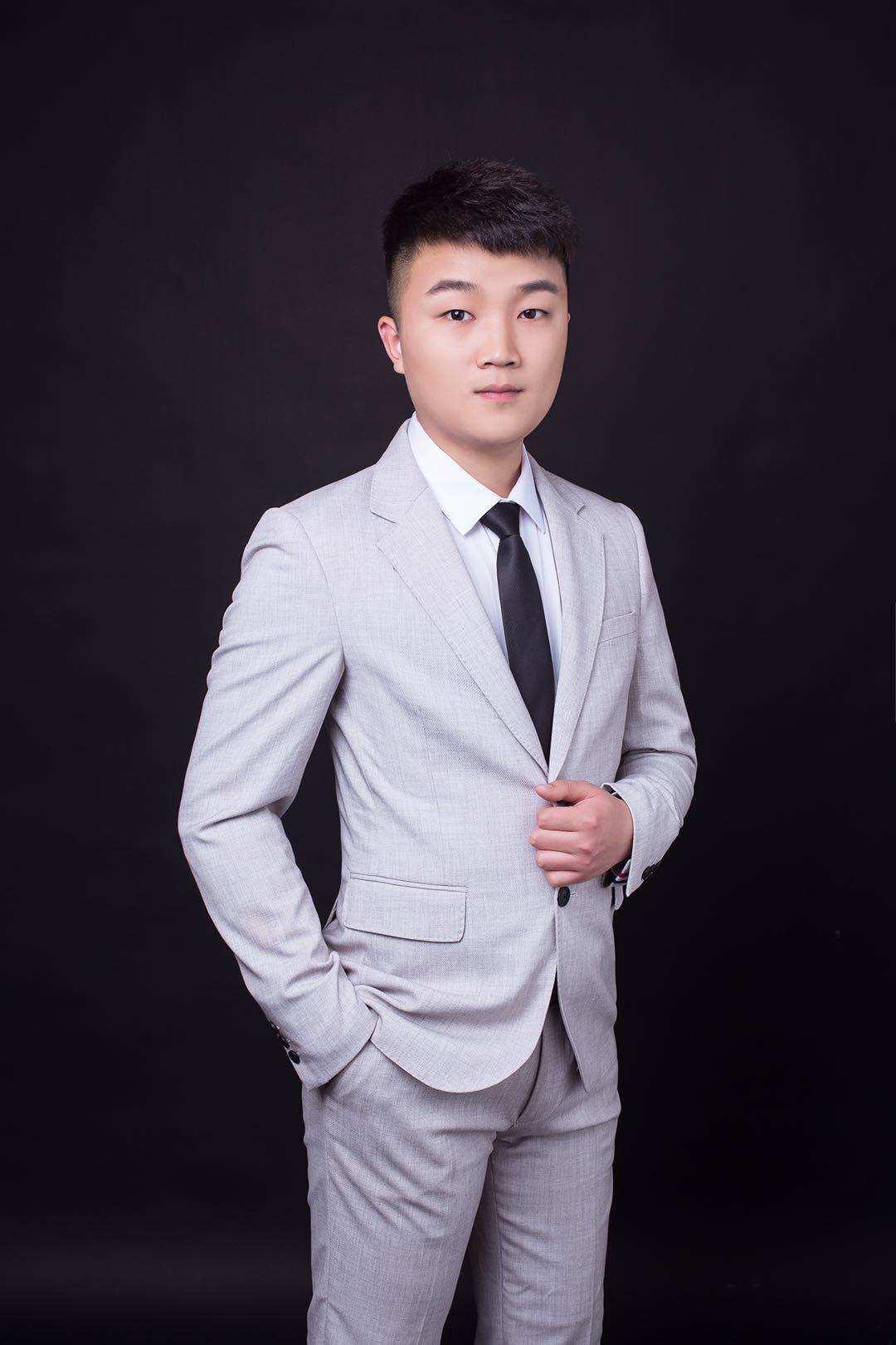 资深设计师-张茂林