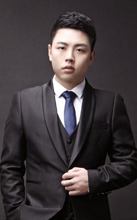 首席设计师-余沛文