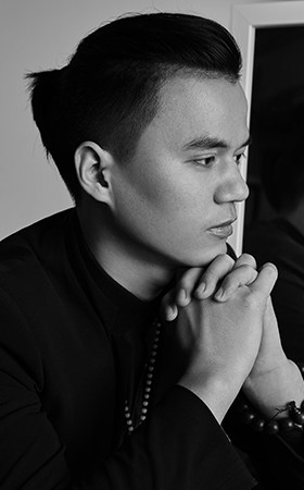 首席设计师-吴启焱