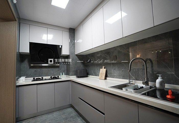 輕奢廚房裝修效果圖