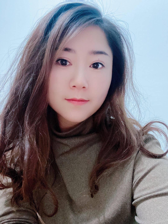 资深设计师-李玉